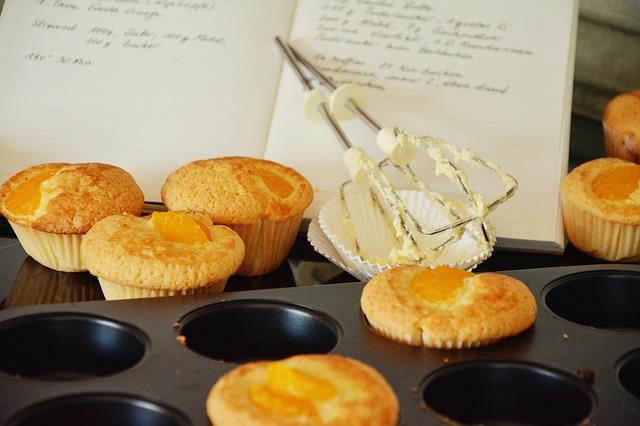 → muffins à la semoule de maïs,  cheddar etsauge